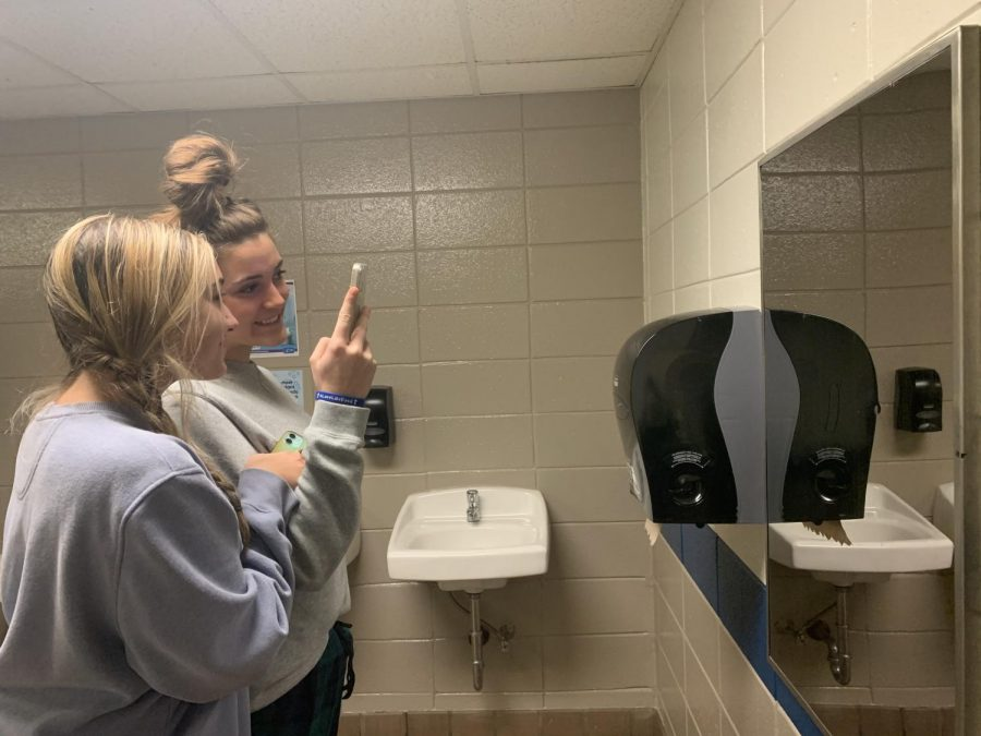 Quit stalling in the bathroom